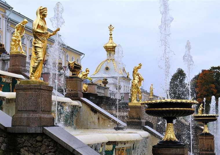 Петергоф (Большой дворец и фонтаны Нижнего парка)