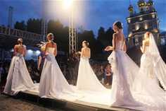 Российский фестиваль моды «Плес на Волге. Льняная палитра»