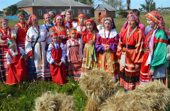 "Traditional games ""Atamanovskije Kulachki"""