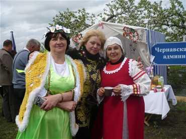 Областной фестиваль 'Яблони в цвету'