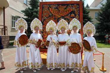 International Festival of Folk Arts and Crafts 'Golden Khokhloma',  Nizhny Novgorod region, Semenov.