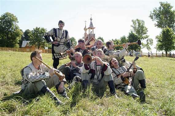 Всероссийский фестиваль-конкурс фольклорных коллективов «Хрустальный ключ»