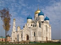Тур десяти церквей