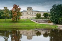 Гатчина: 2 дворца (Гатчинский дворец, Приоратский дворец)