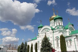 Экскурсия в Раифский Богородицкий монастырь, Храм Всех Религий и Остров-град Свияжск