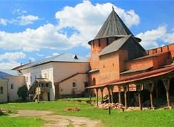 Великий Новгород из Санкт-Петербурга
